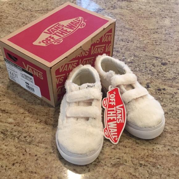 32df477b4f4976 Toddler Vans in off white faux fur